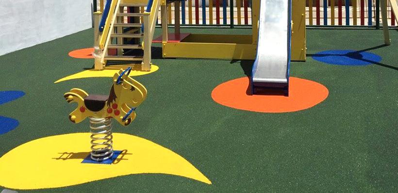 suelo de caucho para parques infantiles img - fixer